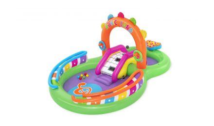 Sing 'N' Splash Play Center and Pool