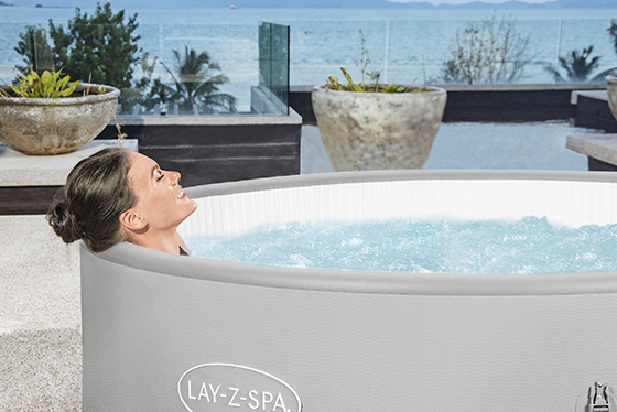 Singapore Hot Tub